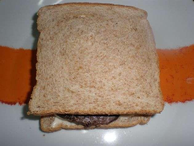 sandwichesy - ▷ Filetes de atún y huevos, en sándwiches